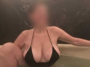 Francine massage speed dating in Wausau