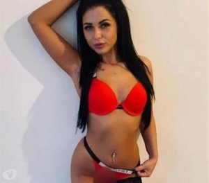 Rokhia young escorts Aberdeen