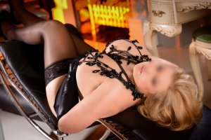 Marie-yvonne facesitting escorts in Wales