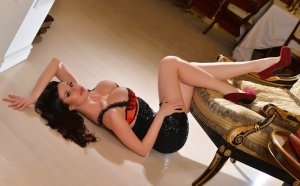 Franciana live swinging club in Roseville